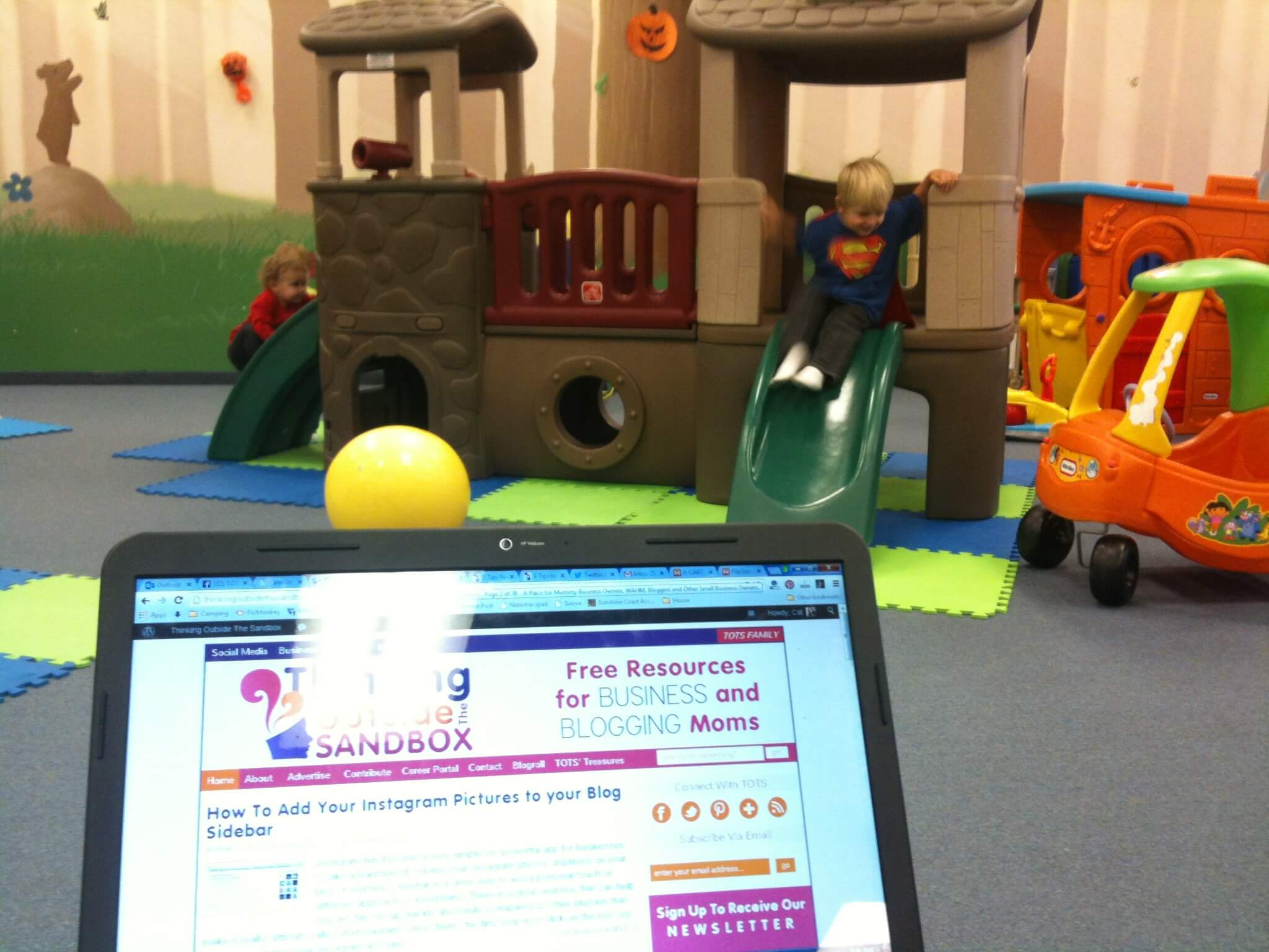 Thinking Outside The Sandbox: Business 20131021-100906 Wordless Wednesday: My View As I Blog, Kindercafe All Posts Blogging  port coquitlam playplace outings Kindercafe kids activities